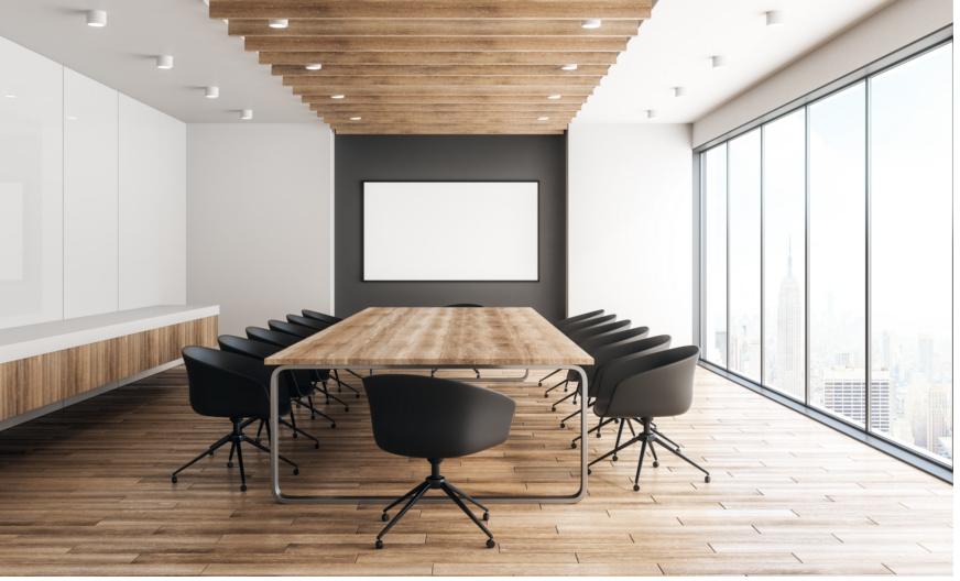Das Foto zeigt einen leeren Meeting-Raum, Sinnbild für Hierarchieentscheidungen. Qualität und Agilität verlangen aber, dass Kompetenz sztatt Hierarchie entscheidet.